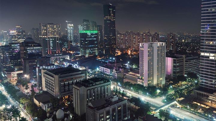 jakarta-streetlights-iot-lighting